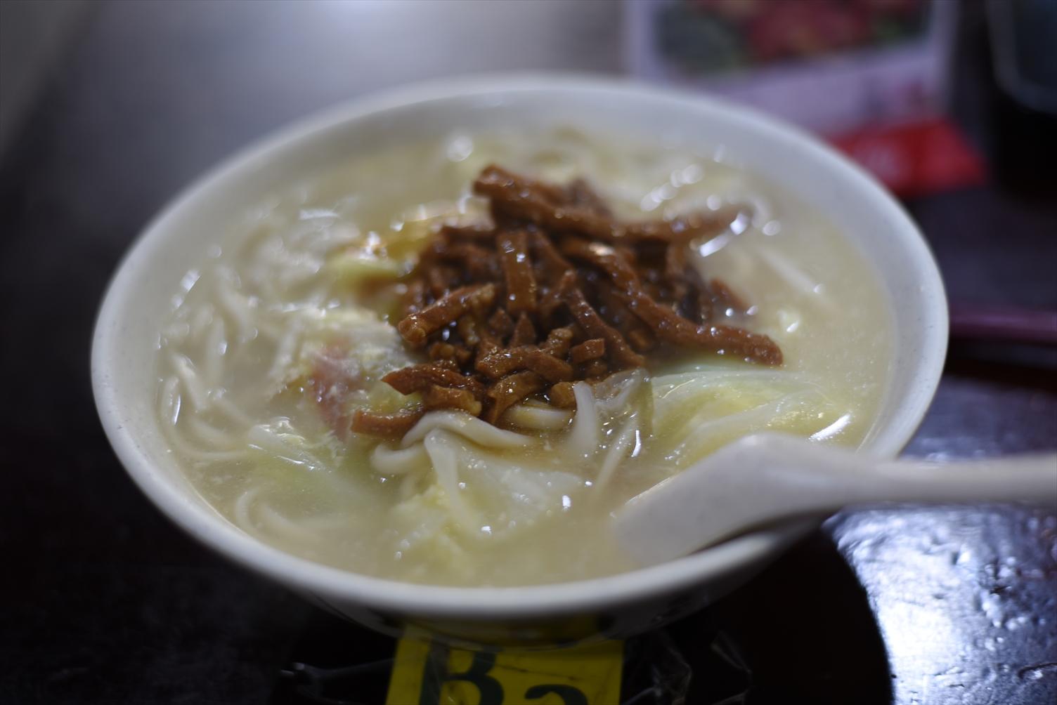 龍記搶鍋麺 西門町 肉絲麺