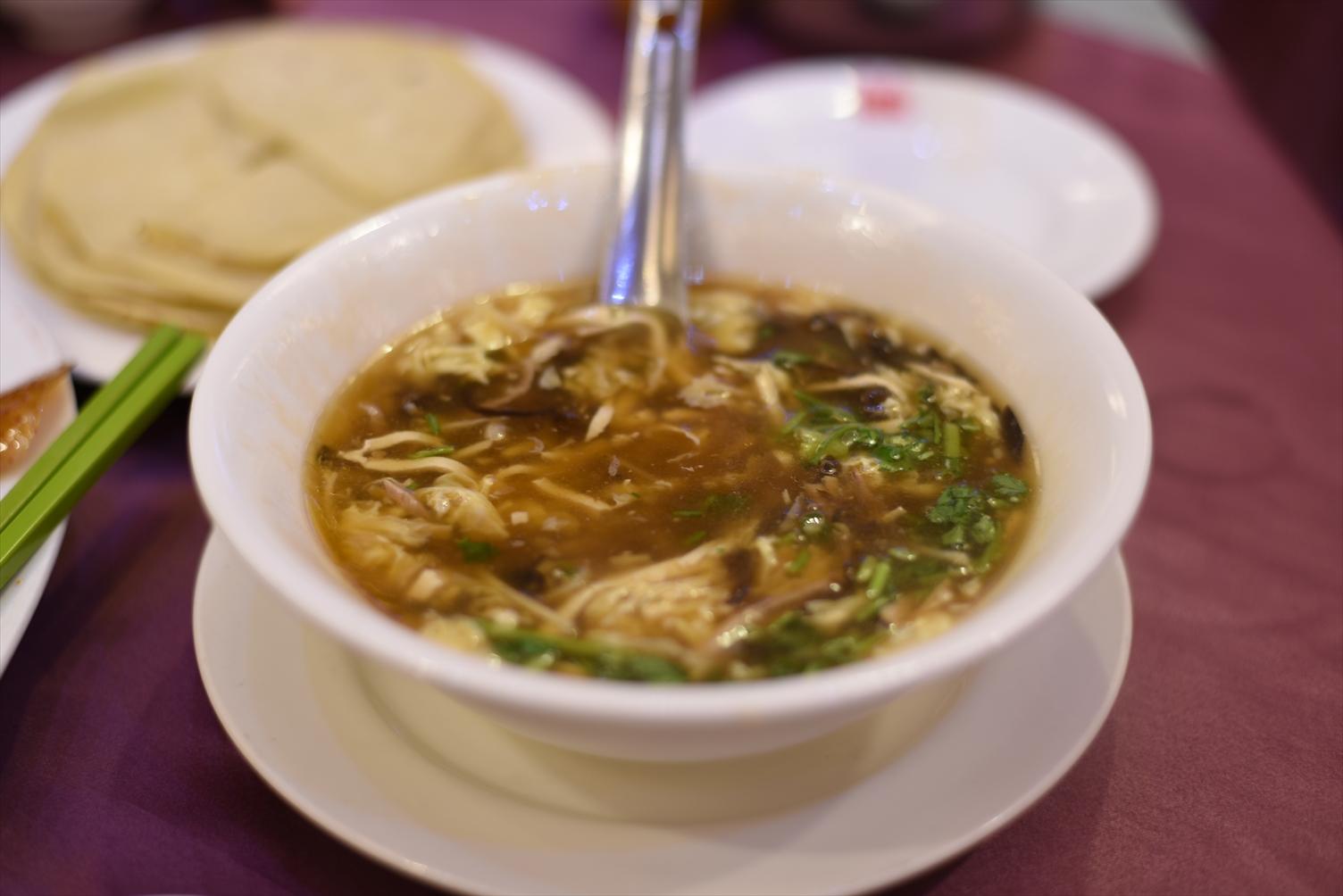 天厨菜館 酸辣湯