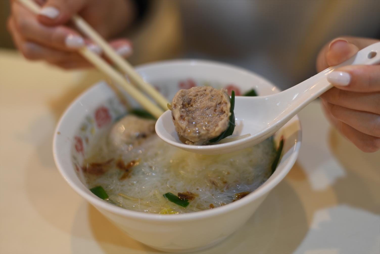 永富福州魚丸店 ビーフン つみれスープ