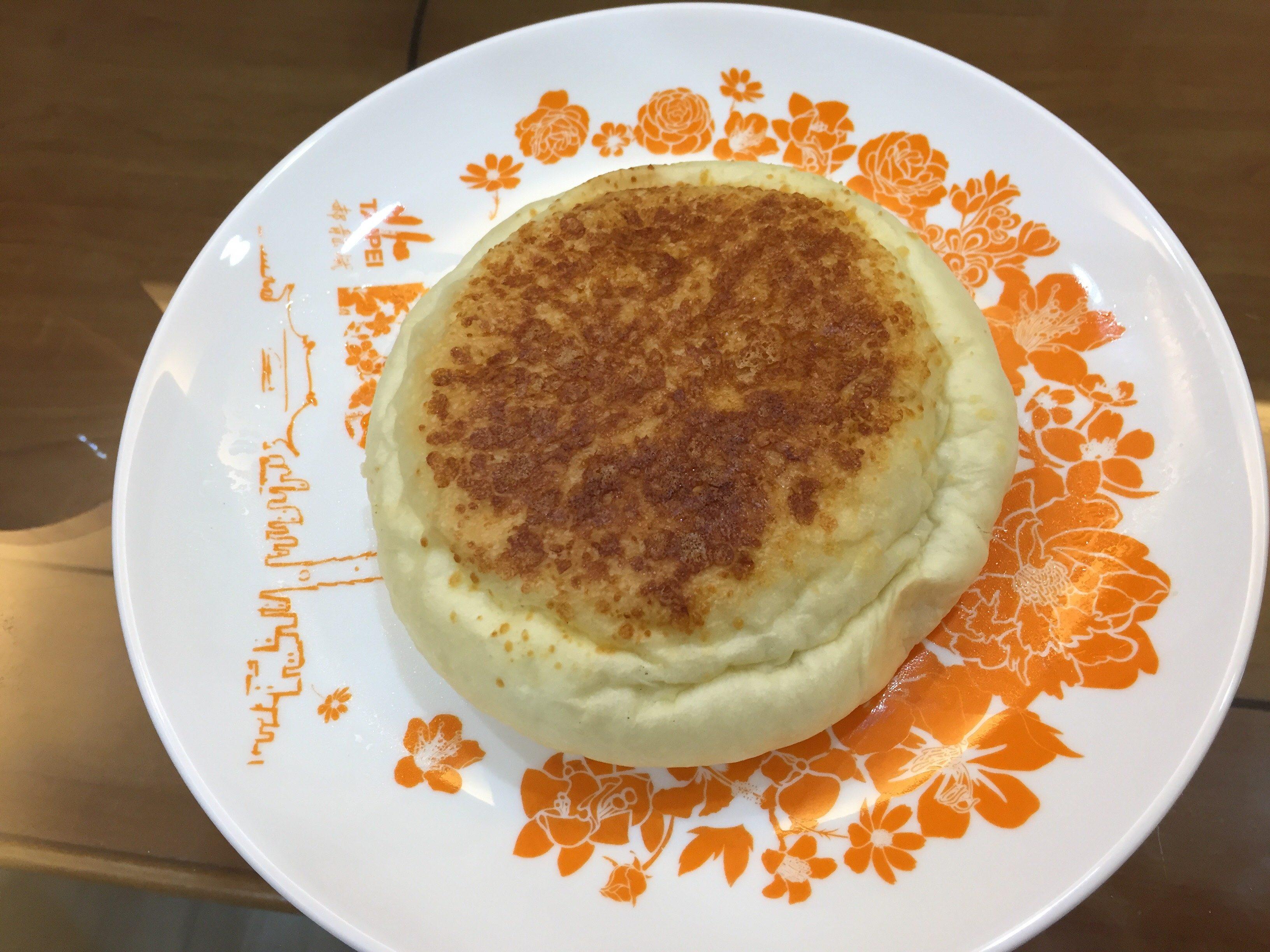 楽田麺包屋 チーズコーンパン
