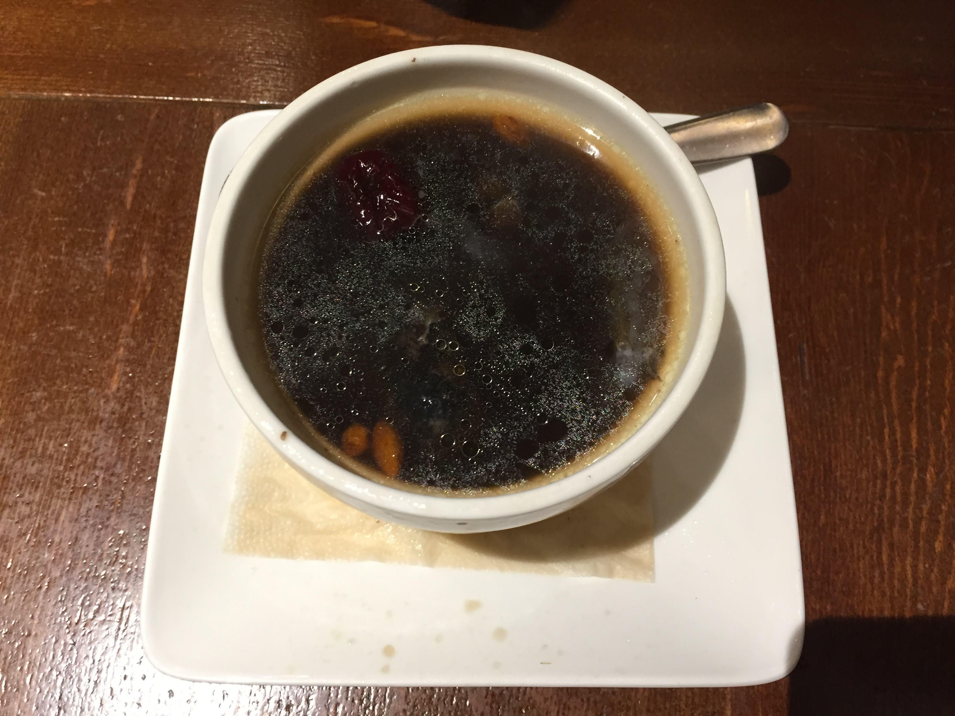 春水堂 金典店 烏骨鶏薬膳スープ